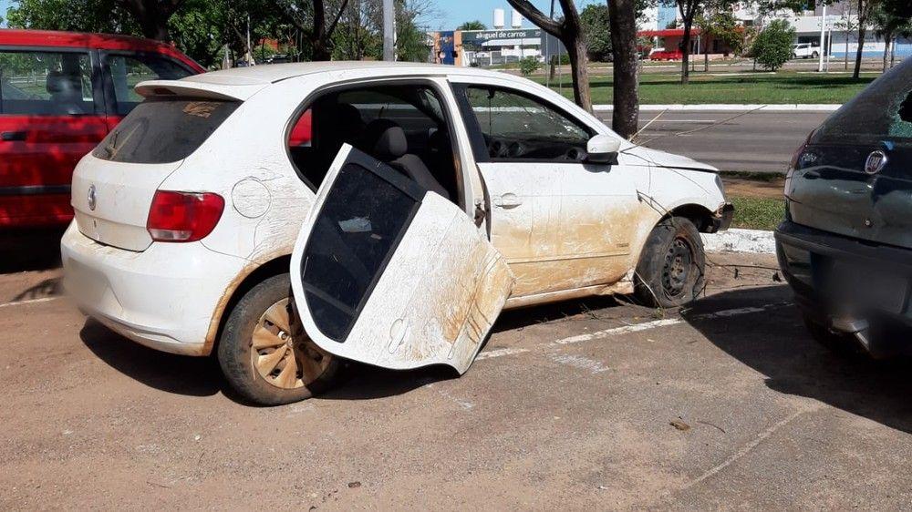 Veículo roubado foi recuperado — Foto: Igor Pires/TV Anhanguera