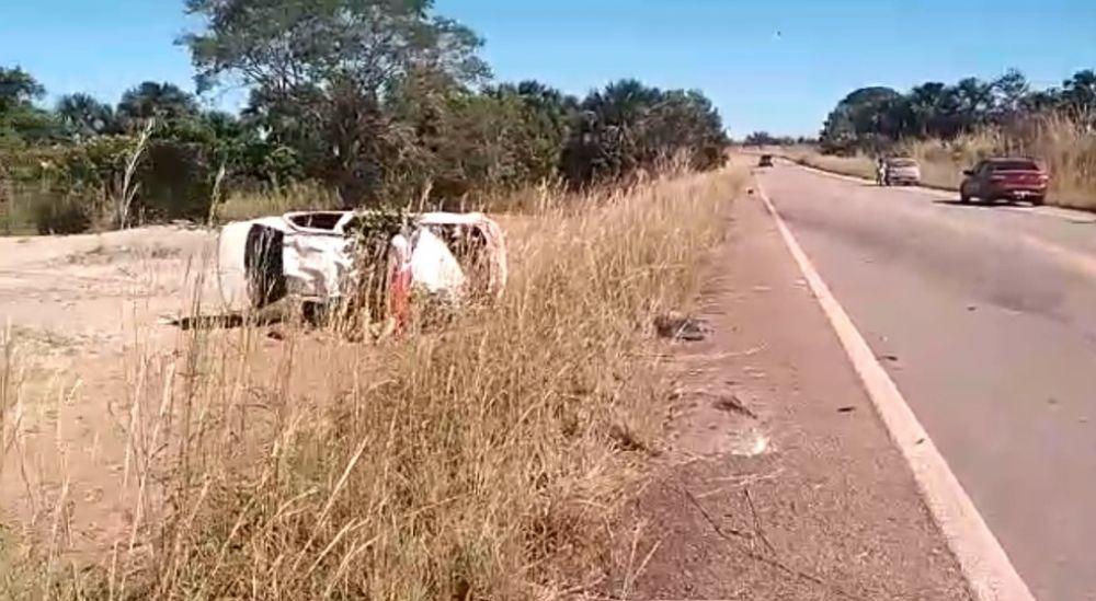 Capotamento matou mulher na BR-242 entre Gurupi e Peixe — Foto: Reprodução