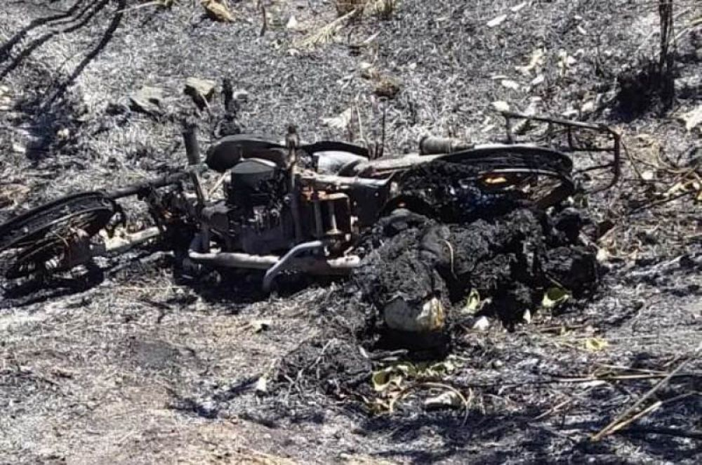 Corpo encontrado carbonizado ao lado de uma motocicleta – Foto: Reprodução/Agência Tocantins