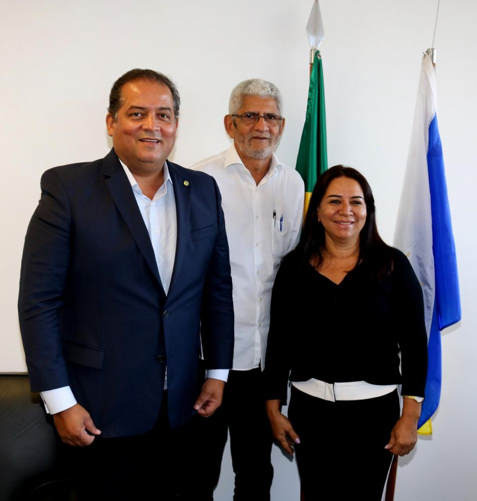 Rodolfo Botelho, Ângela Maria e o senador Eduardo Gomes  - Foto: Arquivo / Divulgação