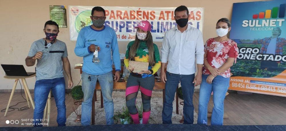 Chefe do Paço Isaías Piajem e a titular da pasta da Assistência Social Idalina Diniz estiveram no encontro promovido pelos atletas do pedal - Foto: Katracas Bike