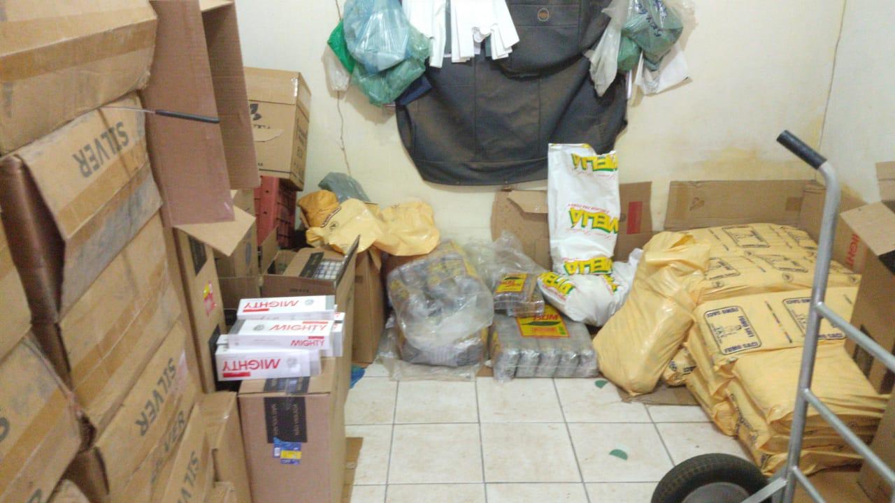 Caixas de cigarros contrabandeados apreendidos pelos policiais federais durante a operação no Tocantins - Foto: Divulgação/PF