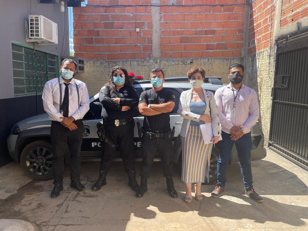 Recebidos pelos policiais penais, os representantes da OAB/TO conheceram as instalações da Unidade Feminina de Palmas | Foto: Seciju/ Governo do Tocantins