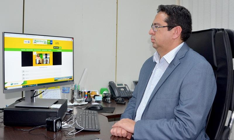 O secretário Élcio Mendes destacou que a  comunicação do Governo do Tocantins está desempenhando um papel fundamental na Agrotins 2020 100% Digital – Foto: Nilson Chaves/Governo do Tocantins