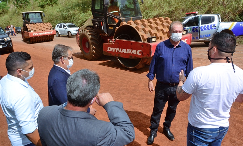 Governo do Tocantins entrega unidades habitacionais, realiza manutenção de rodovias e busca recursos para início de obras