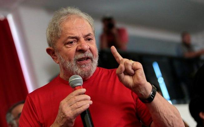 Lula afirmou que tentou exaltar o SUS, mas que foi infeliz na declaração - Foto: Agência Brasil