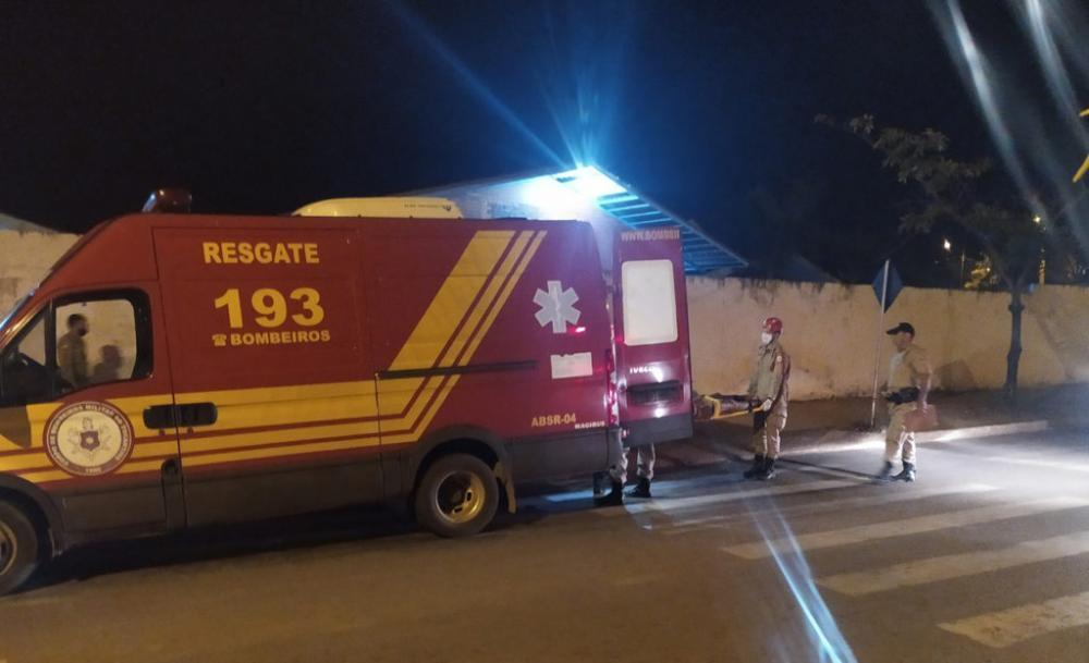 A vítima identificada apenas pelo nome de Gilvan foi socorrida pelo corpo de bombeiros – Foto: Divulgação