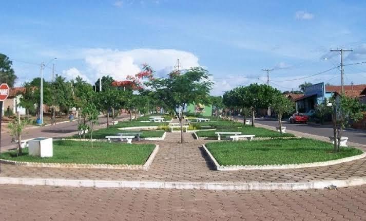Em novo decreto prefeitura de Augustinópolis planeja abertura gradativa do comércio