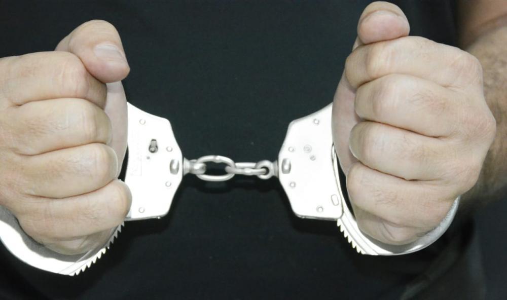 Polícia Civil prende suspeito de crime de roubo qualificado em estabelecimento comercial da Capital